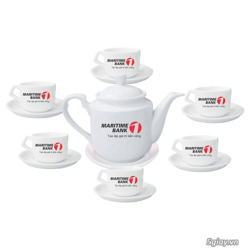 bộ ấm trà mang thương hiệu đến  với khách hàng