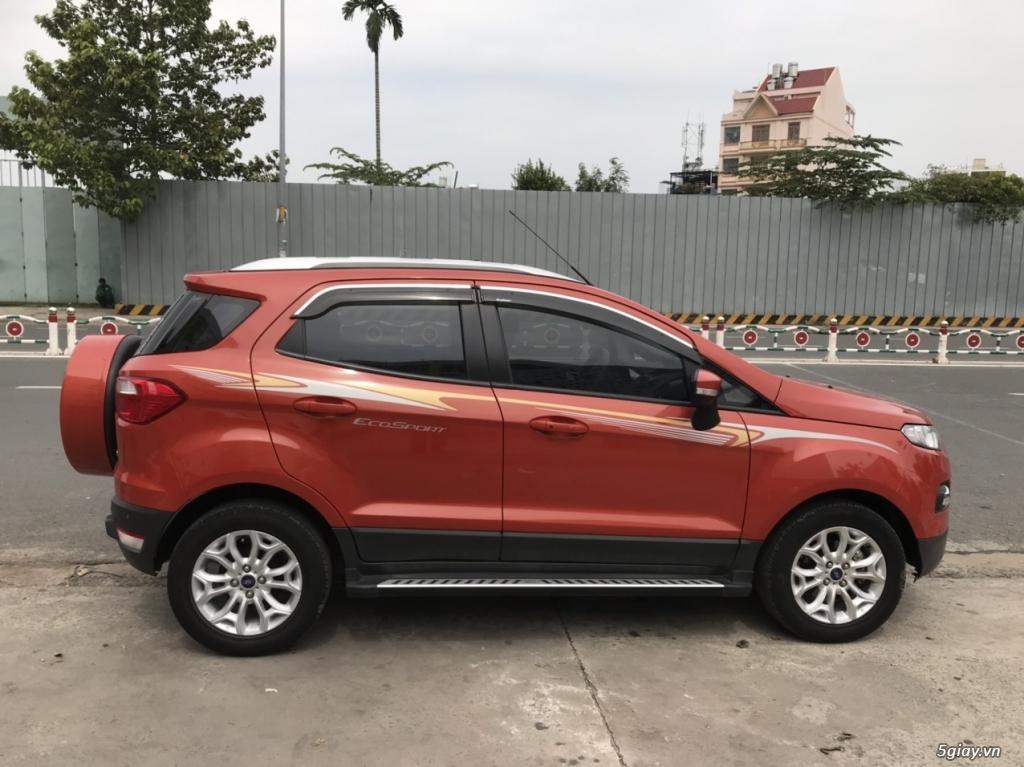 Ford EcoSport Titanium 1.5 AT đăng ký lần đầu 2018, năm SX 2017, màu c