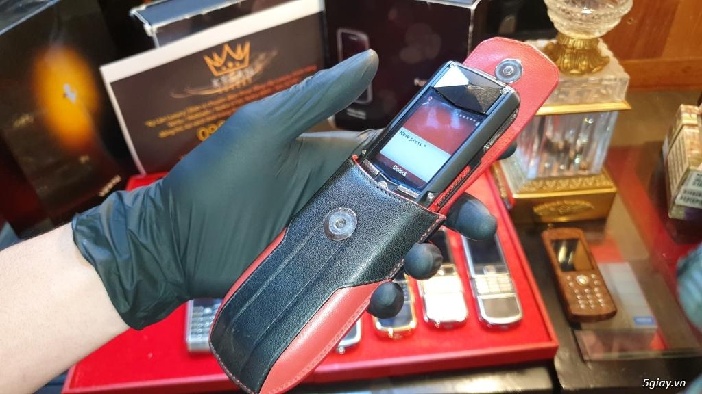 Ông hoàng điện thoại chính hãng Vertu // Nokia 8800 - 6700 - Mobiado - 26