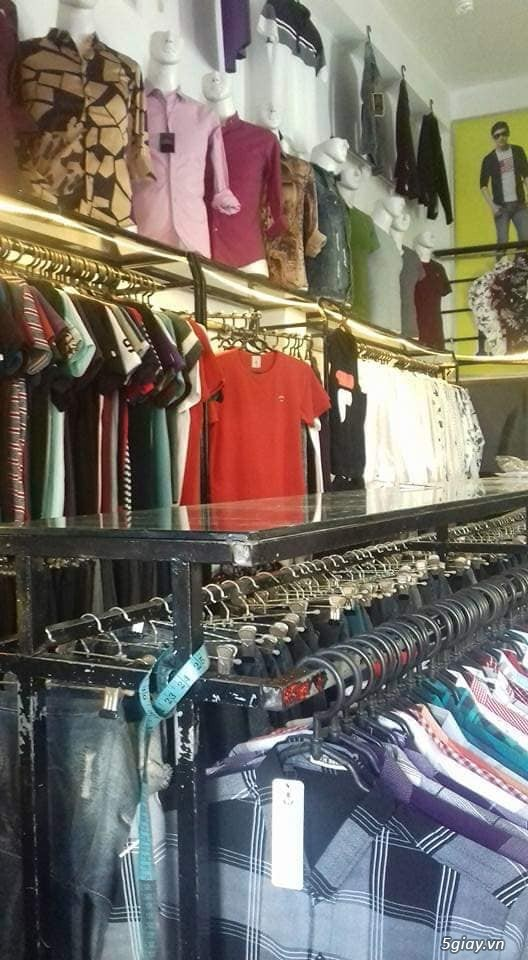 Cần sang tiệm quần áo Nam