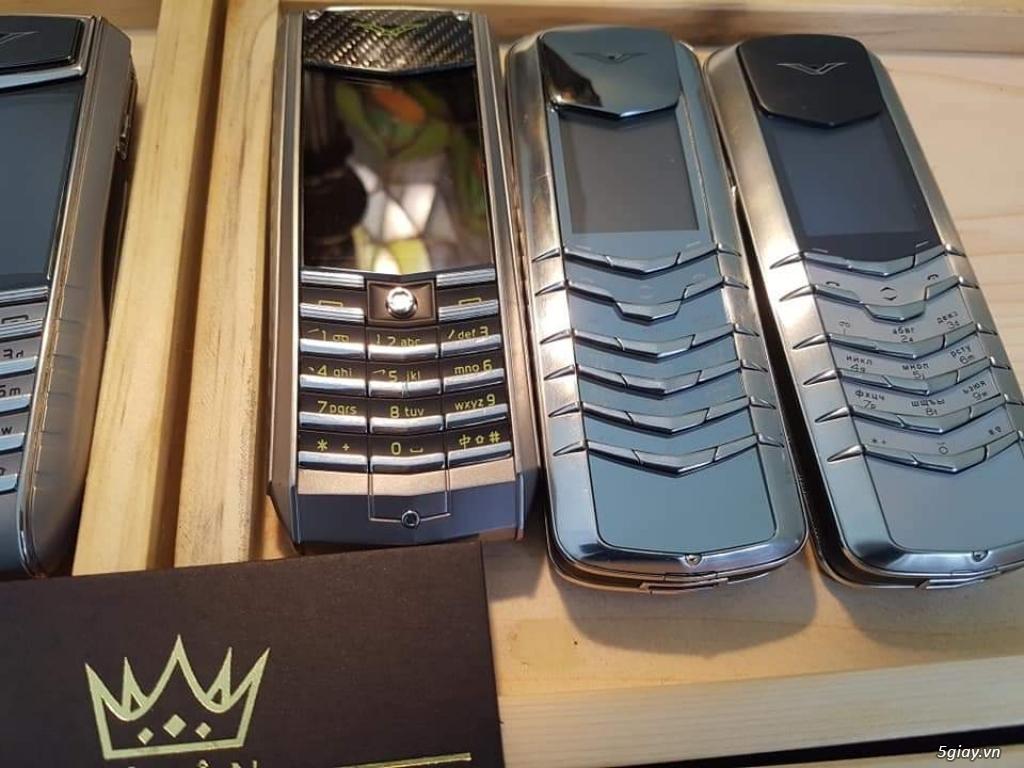 Ông hoàng điện thoại chính hãng Vertu // Nokia 8800 - 6700 - Mobiado - 17