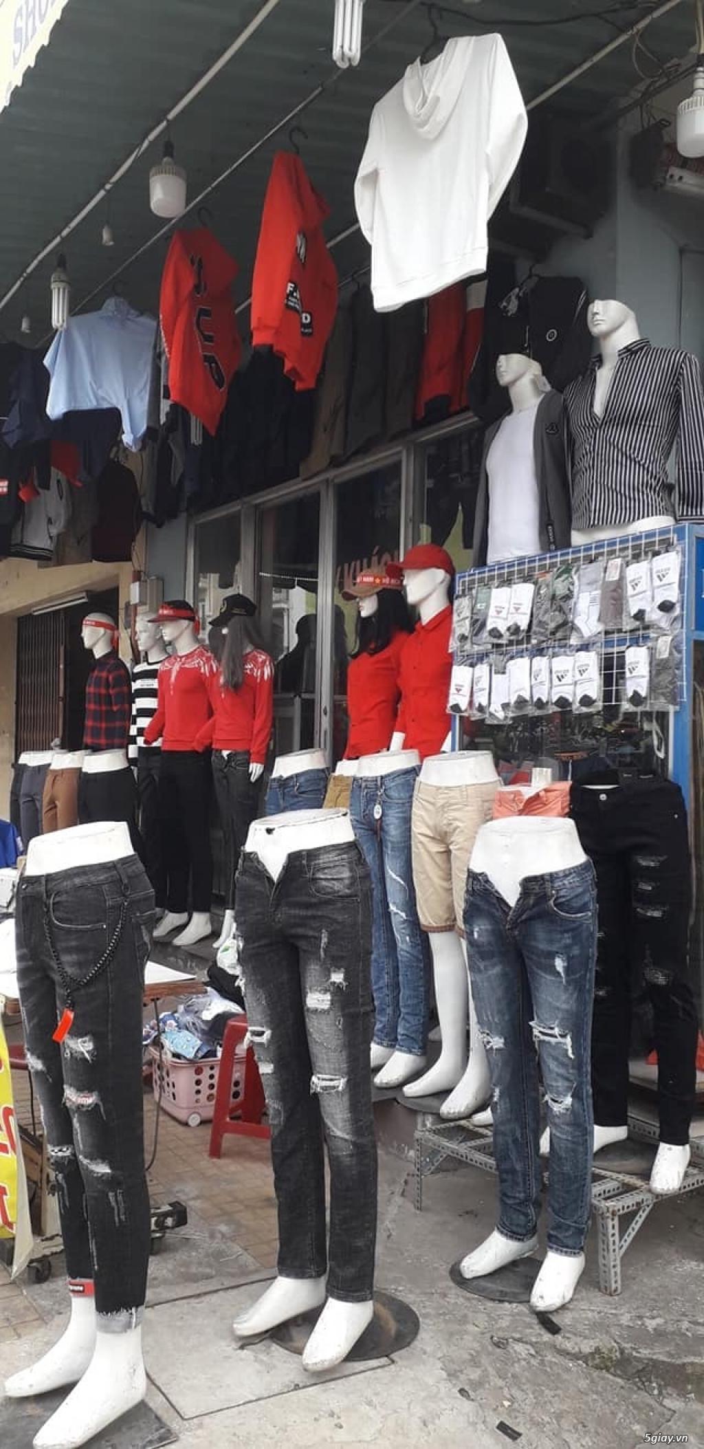 Cần sang tiệm quần áo Nam - 2