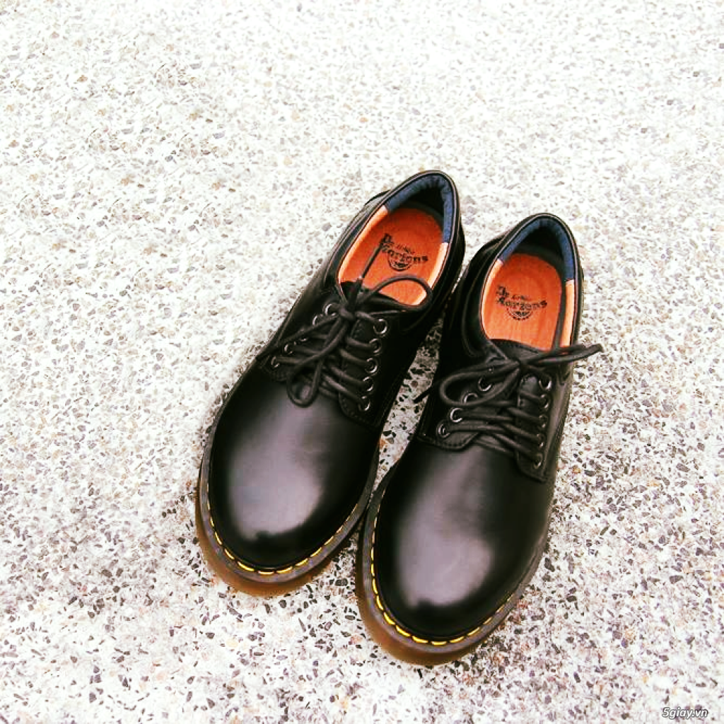 Giày dr martens Cổ thấp 8053 Black Made In Thailand - 6