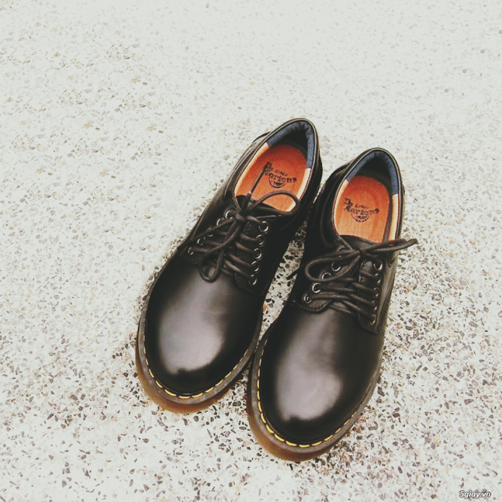 Giày dr martens Cổ thấp 8053 Black Made In Thailand - 1