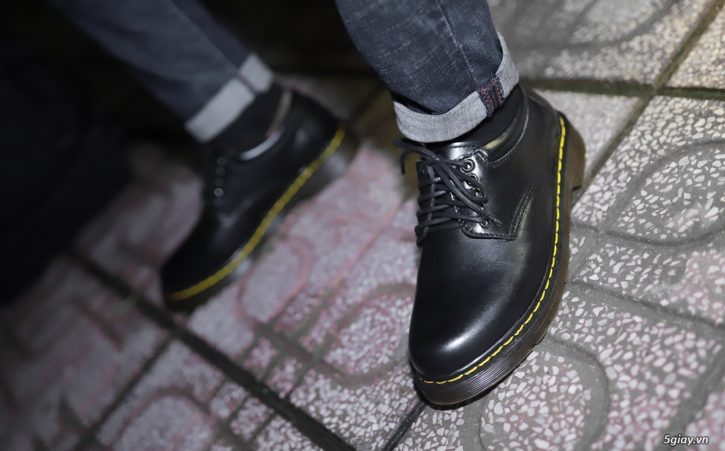 Giày dr martens Cổ thấp 8053 Black Made In Thailand - 7