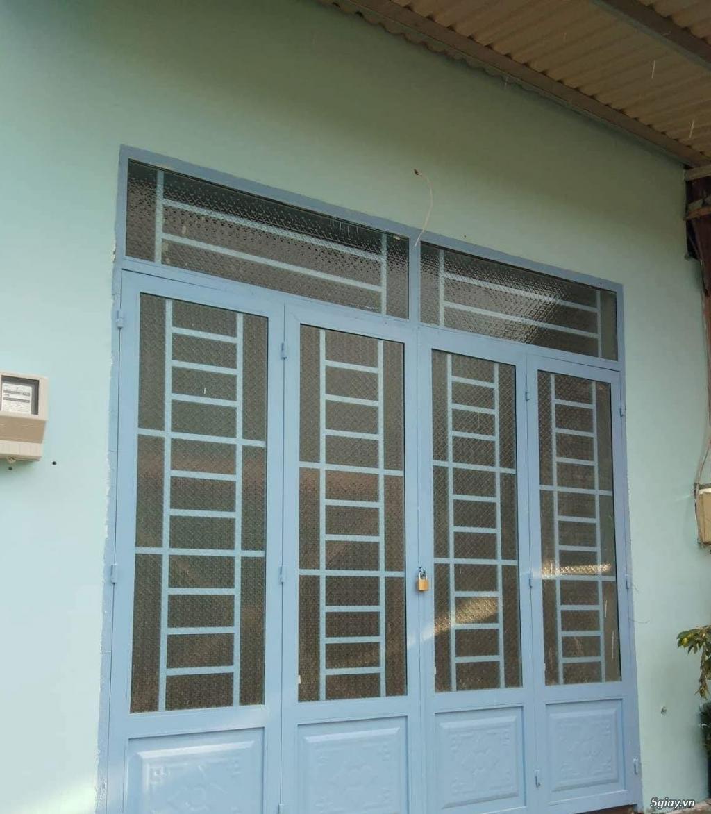 Kẹt tiền bán Nhà Bình Chánh SHR diện tích 4x29,3m giá rẻ - 1