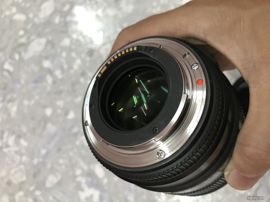 Lens Sigma 85mm DG HSM for Canon - 4