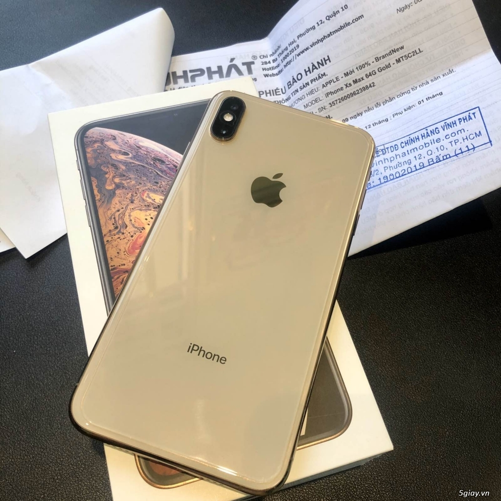 Bán Iphone XS Max Gold 64gb QT Mỹ - Nữ xài like new 98% - Pin 100%