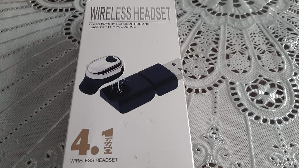 Tai nghe Bluetooth siêu nhỏ mới 100% sạc nam châm, xài cực ngon. End 23h ngày 09/11/2019