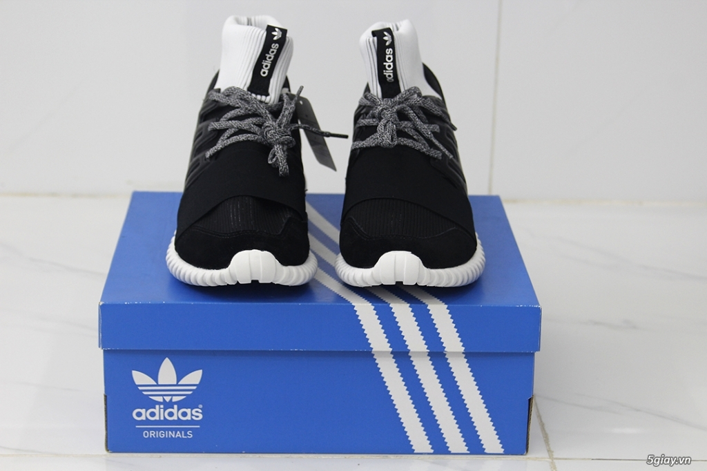 Thanh lý 2 đôi Adidas Chính Hãng shipped store US - Chạy bộ - Casual - 6