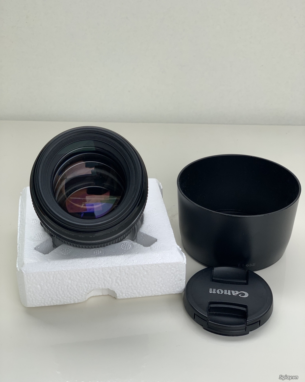 Canon lens 85f1.8 full box like new - 1