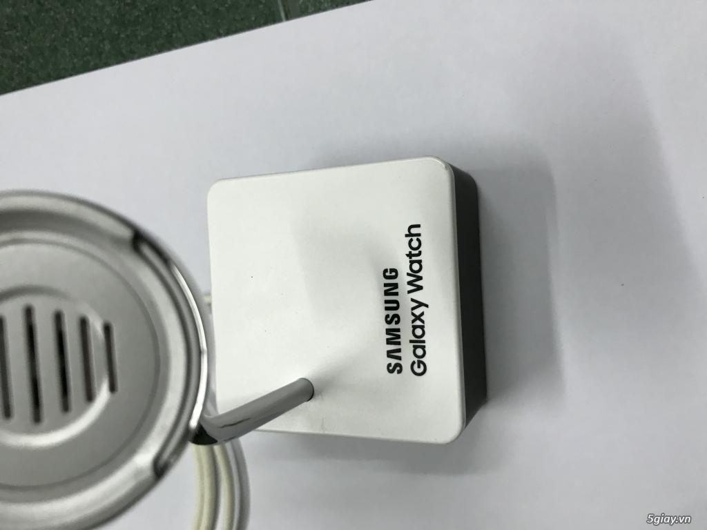 Dock sạc ko dây cho Samsung Watch hàng Korea End: 23h00 ngày 13/11/2019 - 2