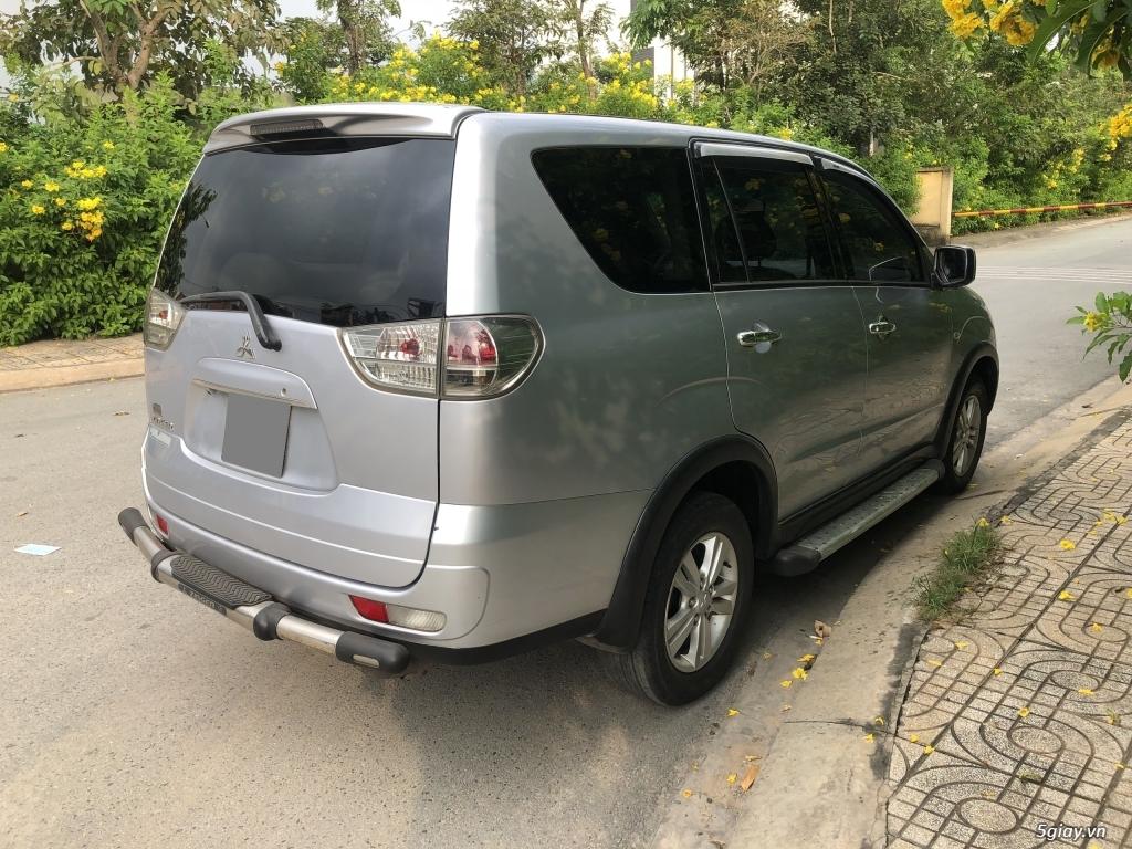 Cần bán Mitsubishi Zinger 2010 số tự động, màu Bạc - 13