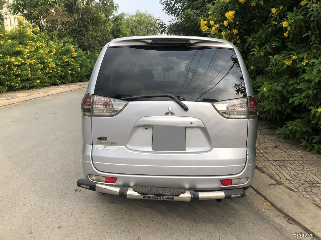 Cần bán Mitsubishi Zinger 2010 số tự động, màu Bạc - 11