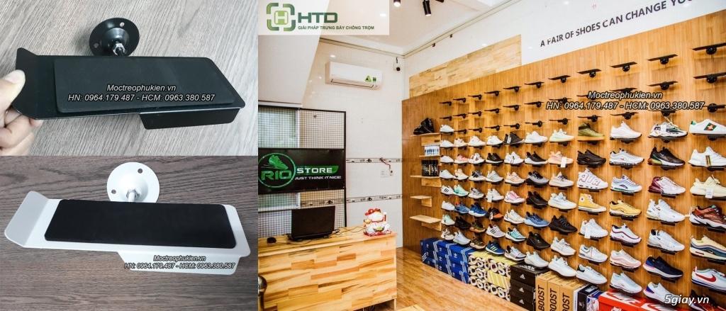 Giá kệ trưng bày giày dép cho shop thời trang năm 2019 - 16