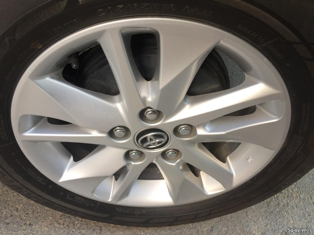 Bán Toyota Innova 2018, số sàn, màu xám, odo 33.000 km - 6