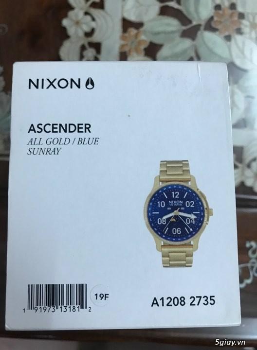 Đồng hồ Nixon, giày adidas ultra boost