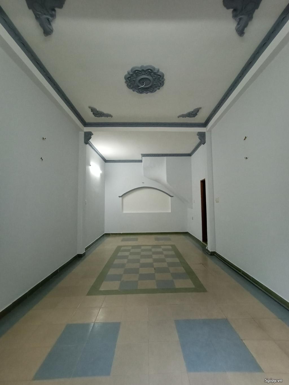 Nhà cho thuê nguyên căn, 1 trệt 2 lầu đúc, 45 mét vuông mỗi tầng. - 2