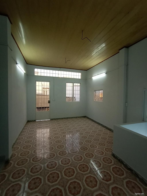 Nhà cho thuê nguyên căn, 1 trệt 2 lầu đúc, 45 mét vuông mỗi tầng. - 10