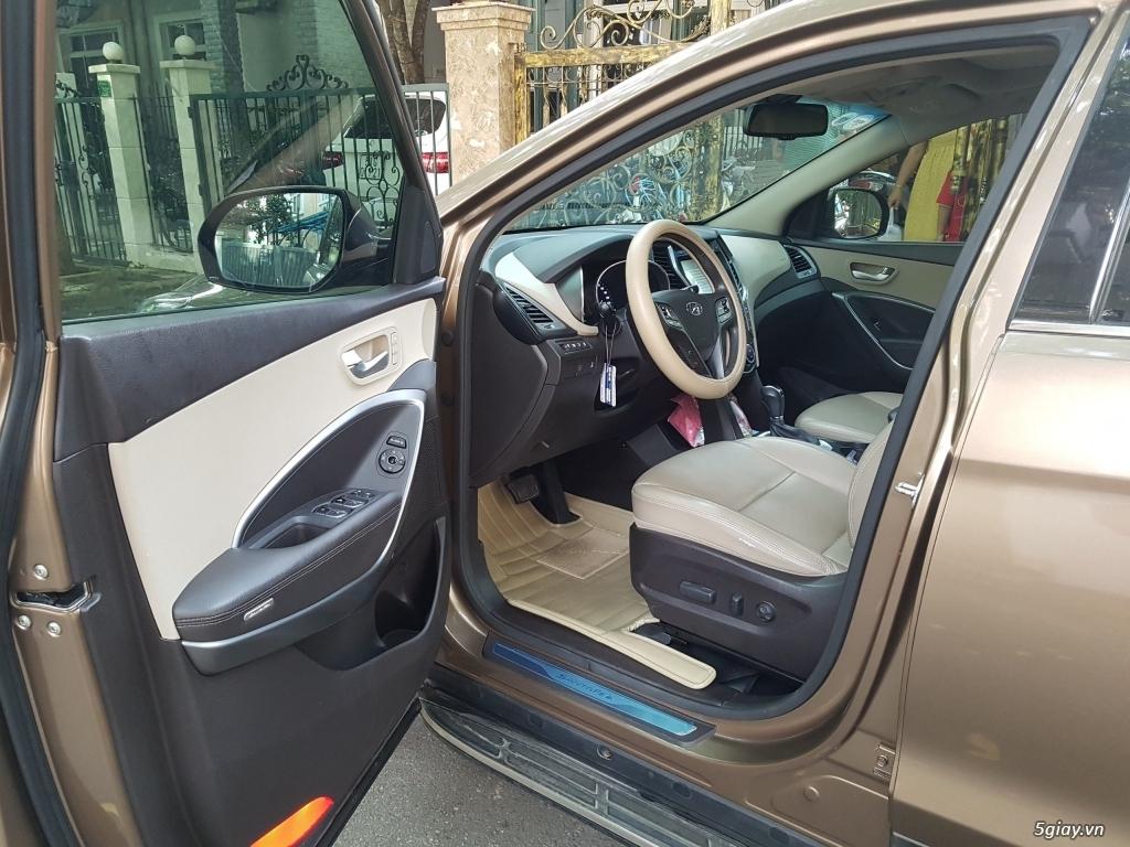 Đổi xe. Bán gấp Hyundai Santa Fe 4WD - Màu Nâu full option. - 4