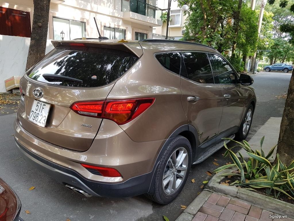 Đổi xe. Bán gấp Hyundai Santa Fe 4WD - Màu Nâu full option. - 5