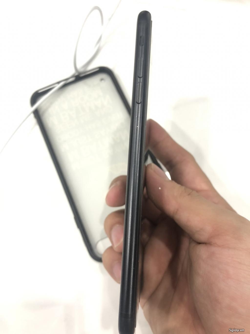 Iphone 7 plus đen 32Gb nguyên zin - máy quốc tế - 1