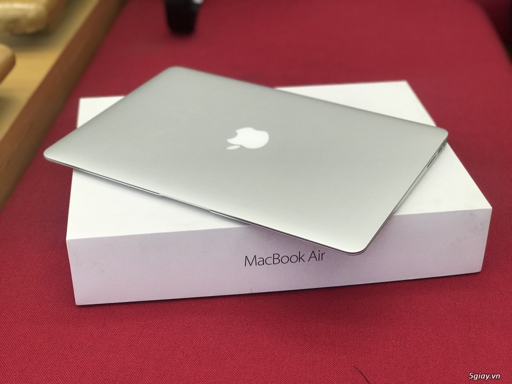 Macbook Air 13.3″ 2017 MQD32/Core i5/RAM 8GB/SSD 128GB/New 99.9% - 2