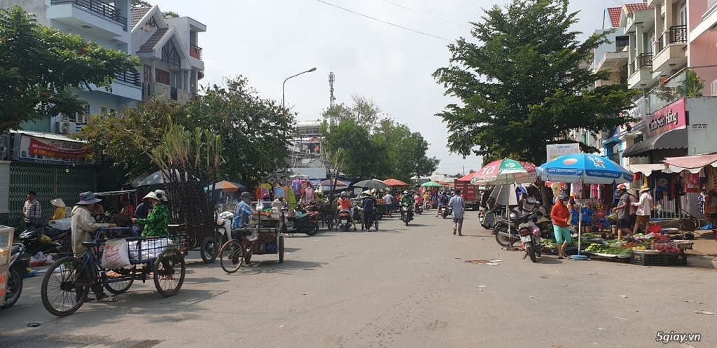 Cho thuê Nhà nguyên căn MT chợ Phú Thuận, Q7 - 1