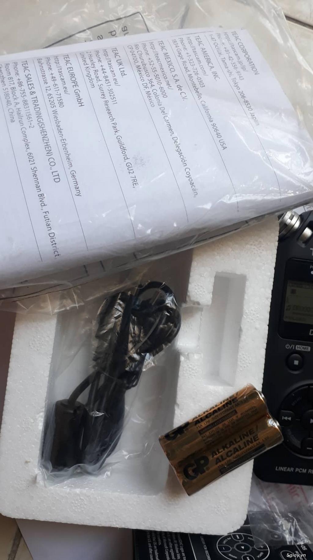 Máy ghi âm chuyên nghiệp TASCAM DR-05, còn BH lâu. - 2
