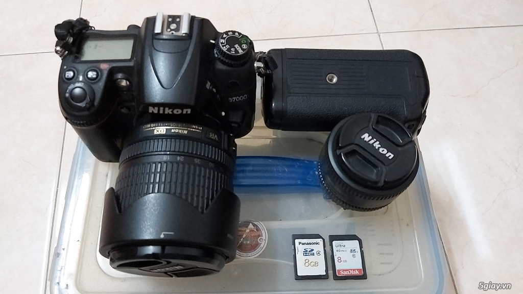 Cần bán máy NIKON D7000 + Lens