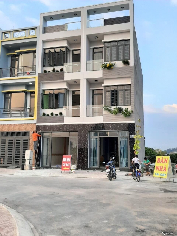 Cần bán căn nhà tại KDC Phú Hồng Thịnh, TX Dĩ An, Bình Dương