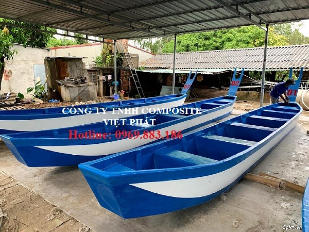 Thuyền đua composite, thuyền đua truyền thống