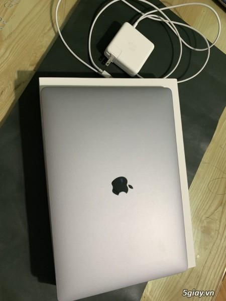 Bán Macbook Pro 15inch MV902 màu Gray 256gb như mới 99% - 1