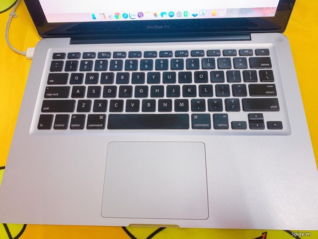Cần bán Macbook pro 2011 13inch giá 6tr - máy móc zin - 1