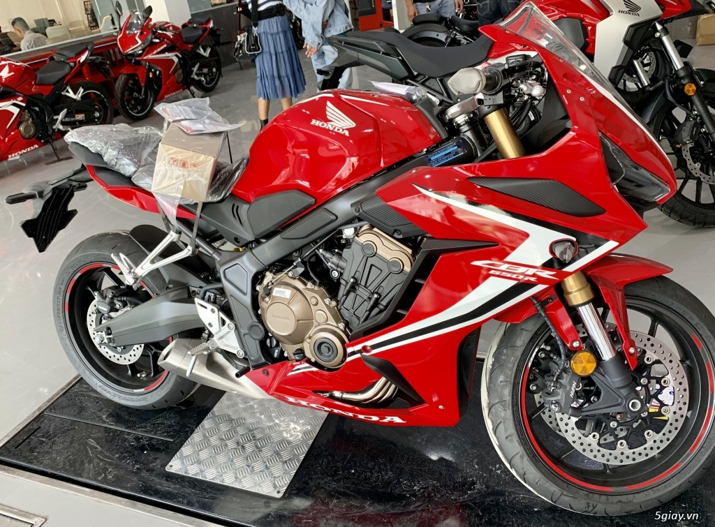 Honda CB650r và Honda CBR650R 2020 - 6