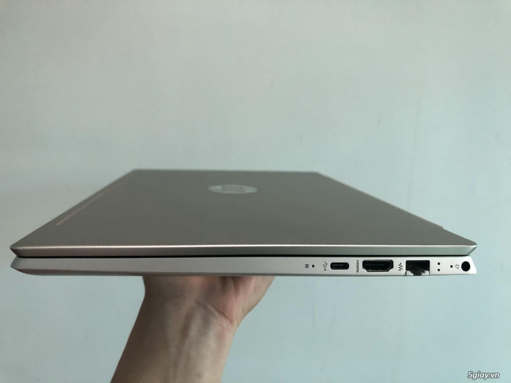 Laptop HP Pavilion 14 ce3015TU i3 1005G1/4GB/512GB SSD - 3