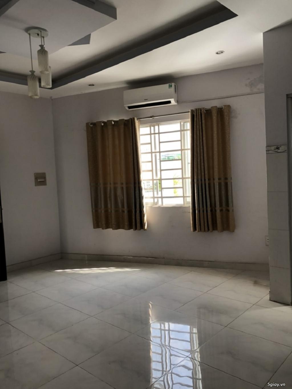Cho thuê căn hộ khu Phan Xích Long, P.7, PNhuận: 60m2 + 2PN, giá:8 tr - 2
