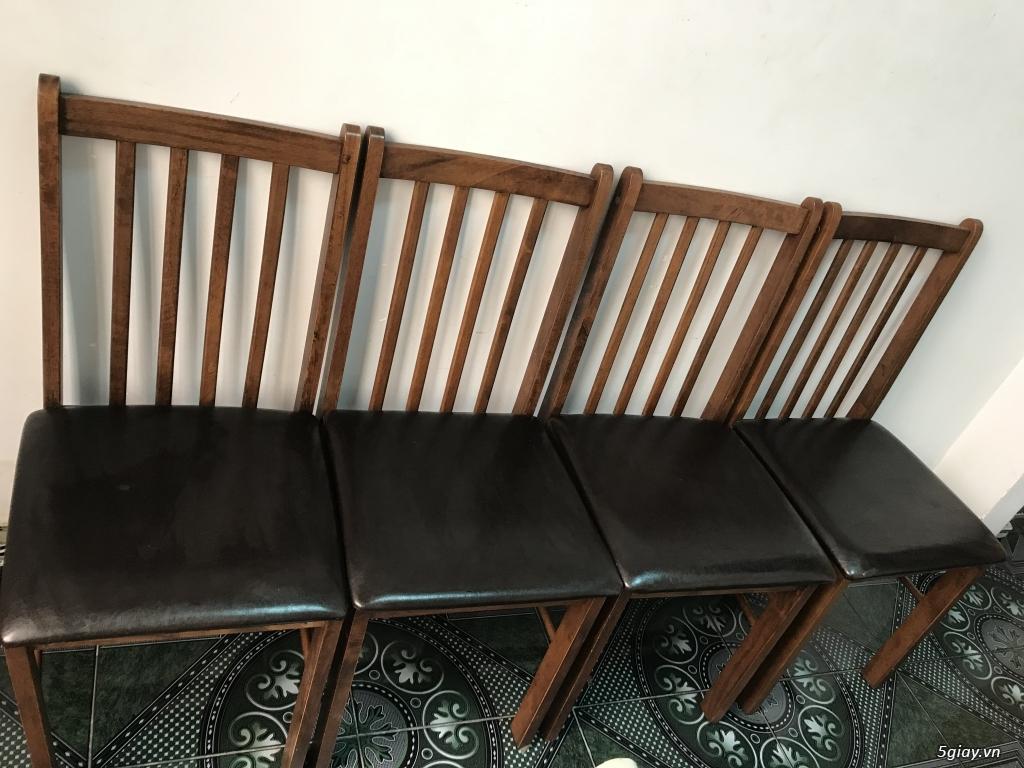 Lên sàn thanh lý 1 bộ bàn ăn bằng gỗ gồm 1 bàn 4 ghế ET 23h00 28/05/20 - 2