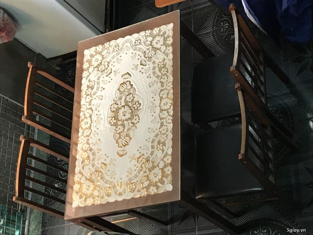 Lên sàn thanh lý 1 bộ bàn ăn bằng gỗ gồm 1 bàn 4 ghế ET 23h00 28/05/20 - 1