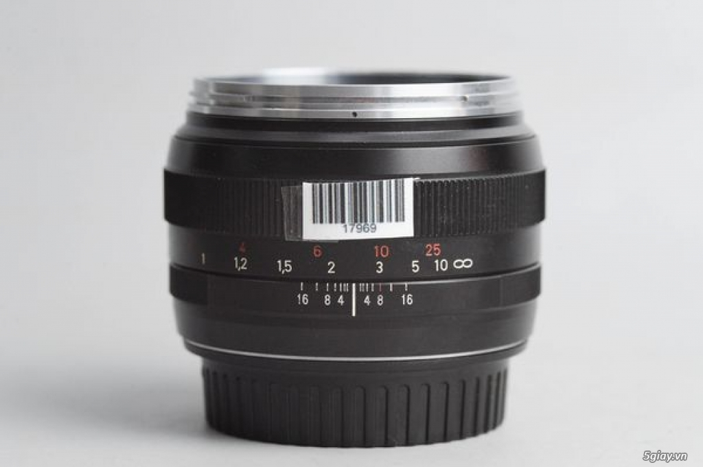 Carl Zeiss 50mm f1.4 Planar T* ZE MF ngàm Canon EOS (50 1.4) 95% - 179 - 3