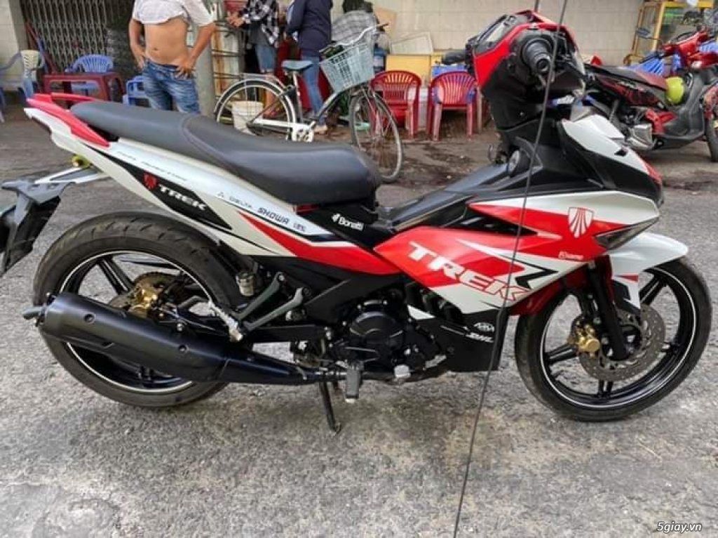 Yamaha Exciter 150 màu đỏ trắng zin