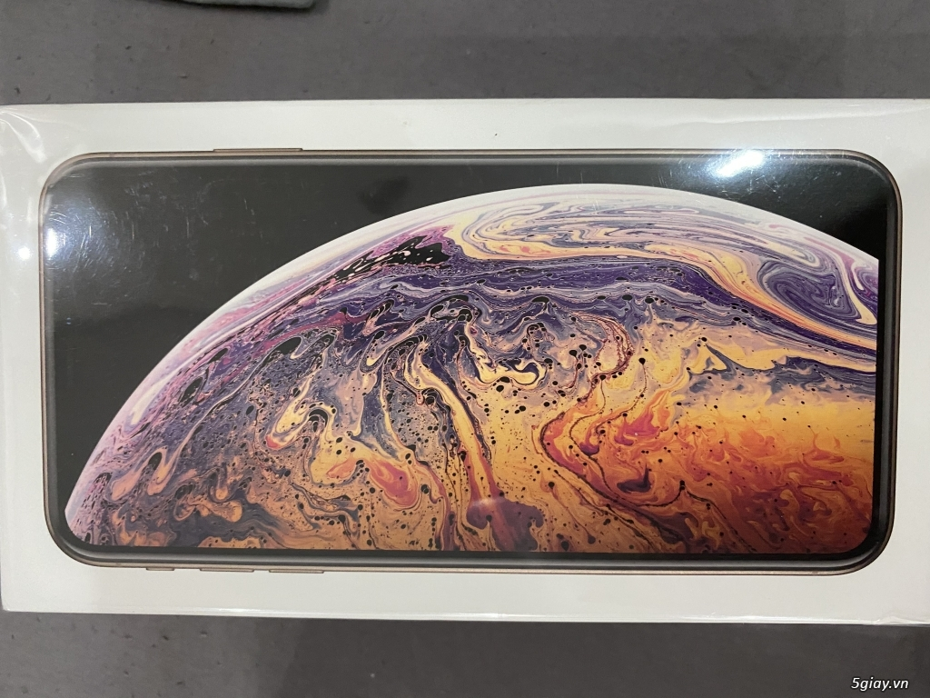 Iphone xs max gold 512g new quoc te 21tr - 1