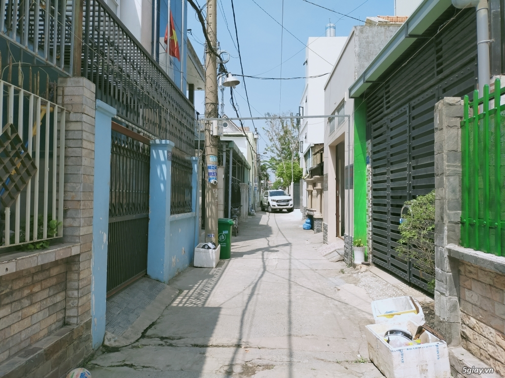 Nhà Quận 2 cho thuê lâu dài. Nam Hải - 091.227.6650 - 1