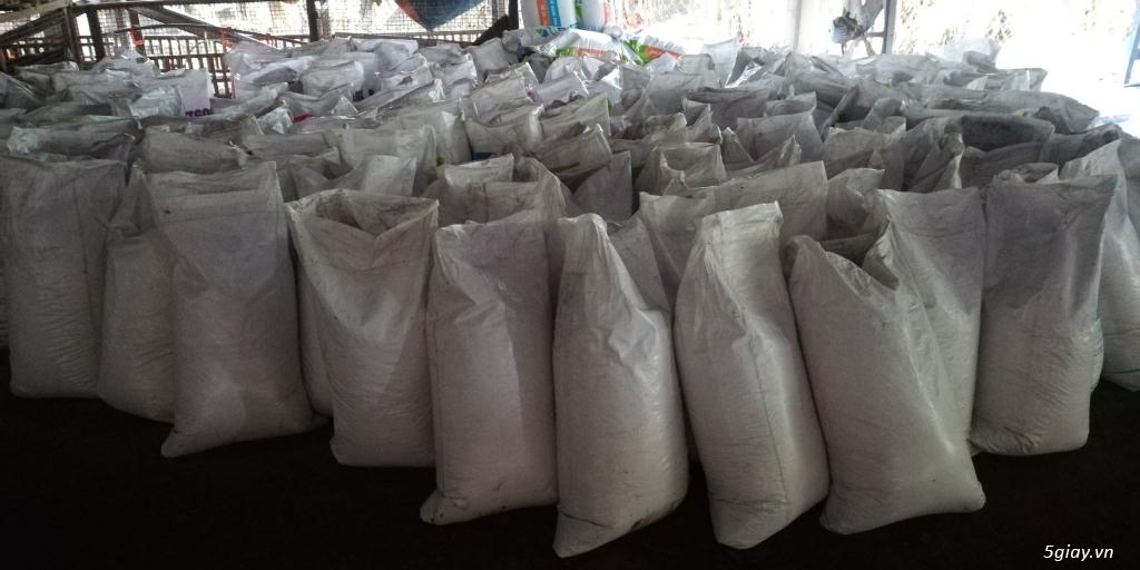Cung cấp sỉ và lẻ phân gà ủ hoai tại Đà Nẵng (Mr Cần:0907.556.354)