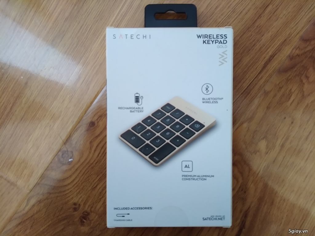 Bàn phím số SATECHI Wireless Keypad Gold - 1