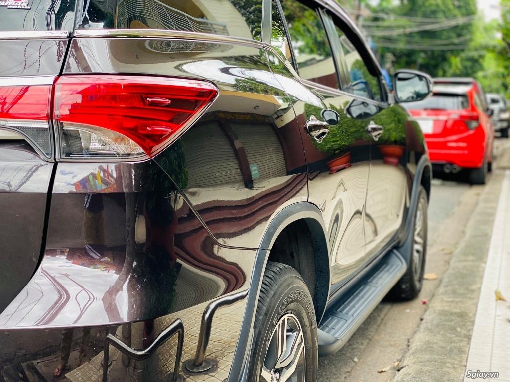 Cần bán Toyota Fortuner 2.4 MT sản xuất 2017 xe gia đình, bao test - 1