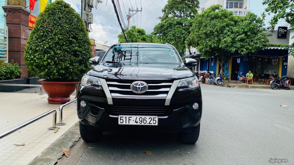 Cần bán Toyota Fortuner 2.4 MT sản xuất 2017 xe gia đình, bao test