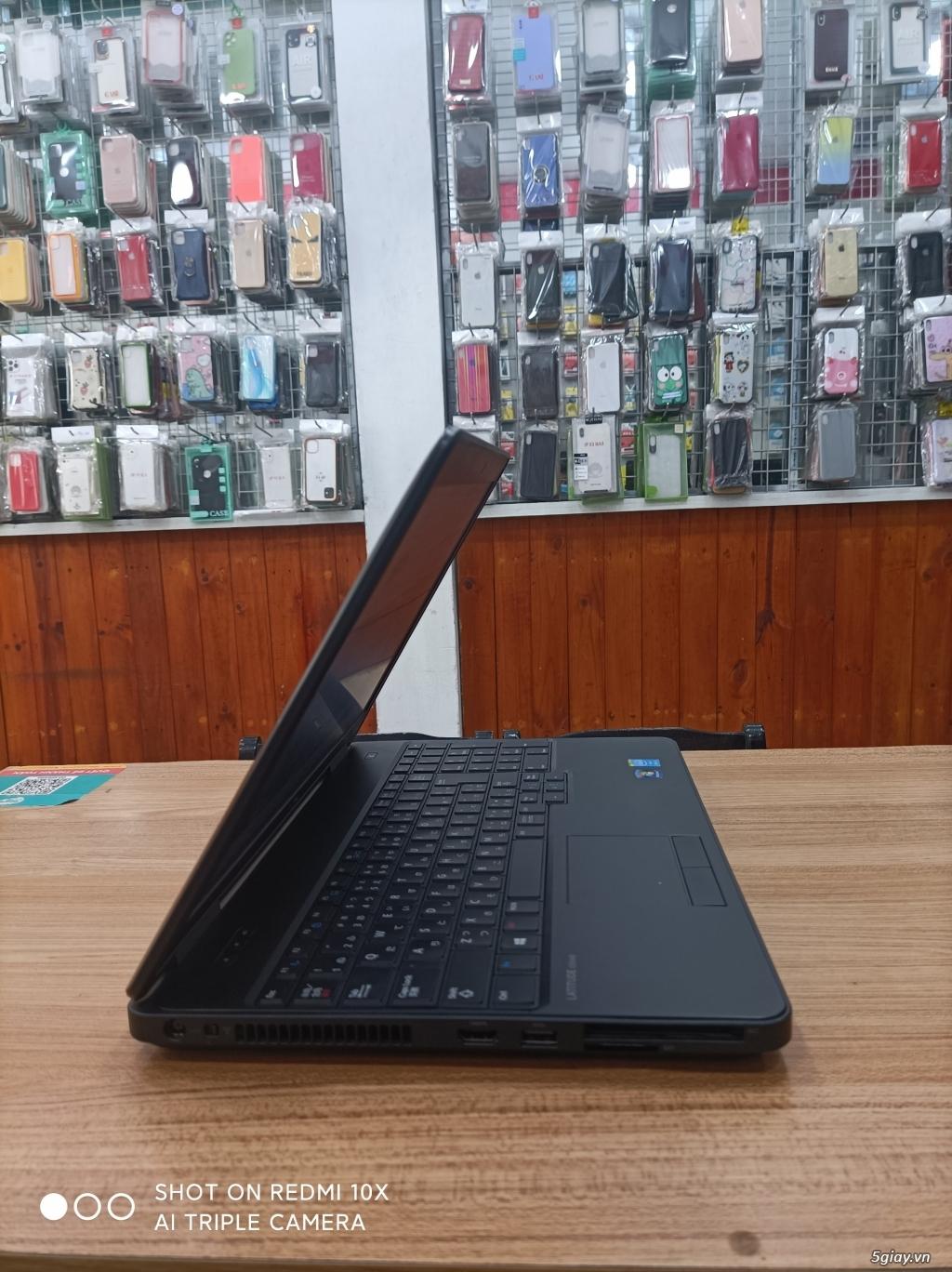 Laptop sinh viên văn phòng giá rẻ nhiều cấu hình và giá cập nhật 1/11 - 12