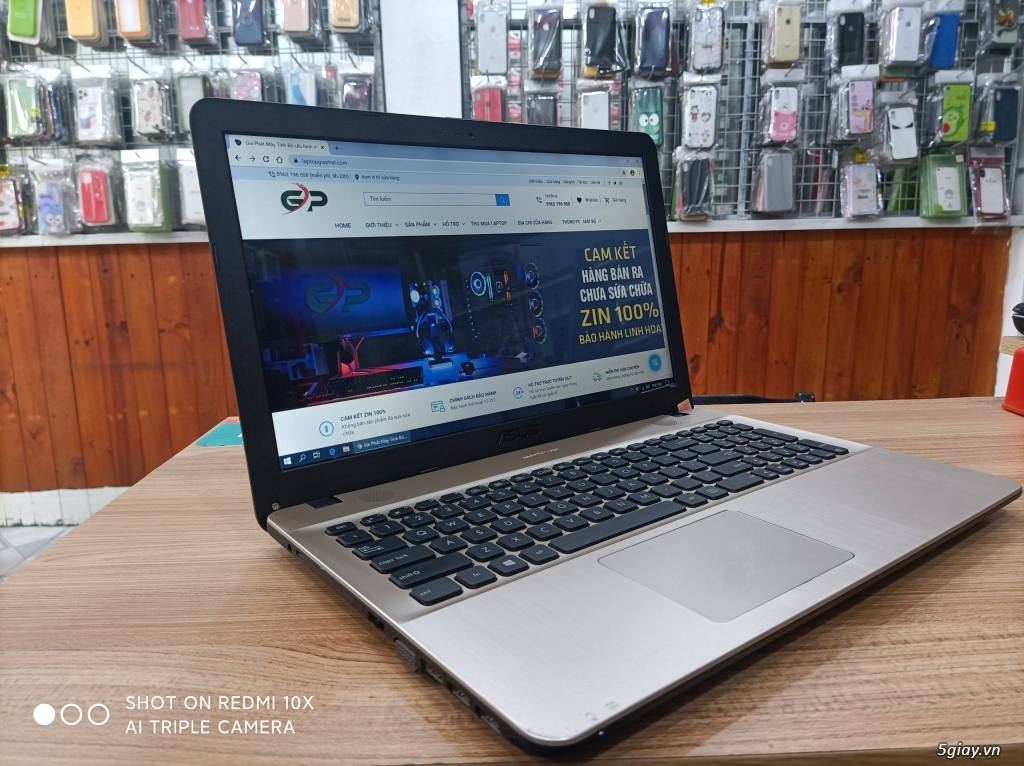 Laptop sinh viên văn phòng giá rẻ nhiều cấu hình và giá cập nhật 1/11 - 7