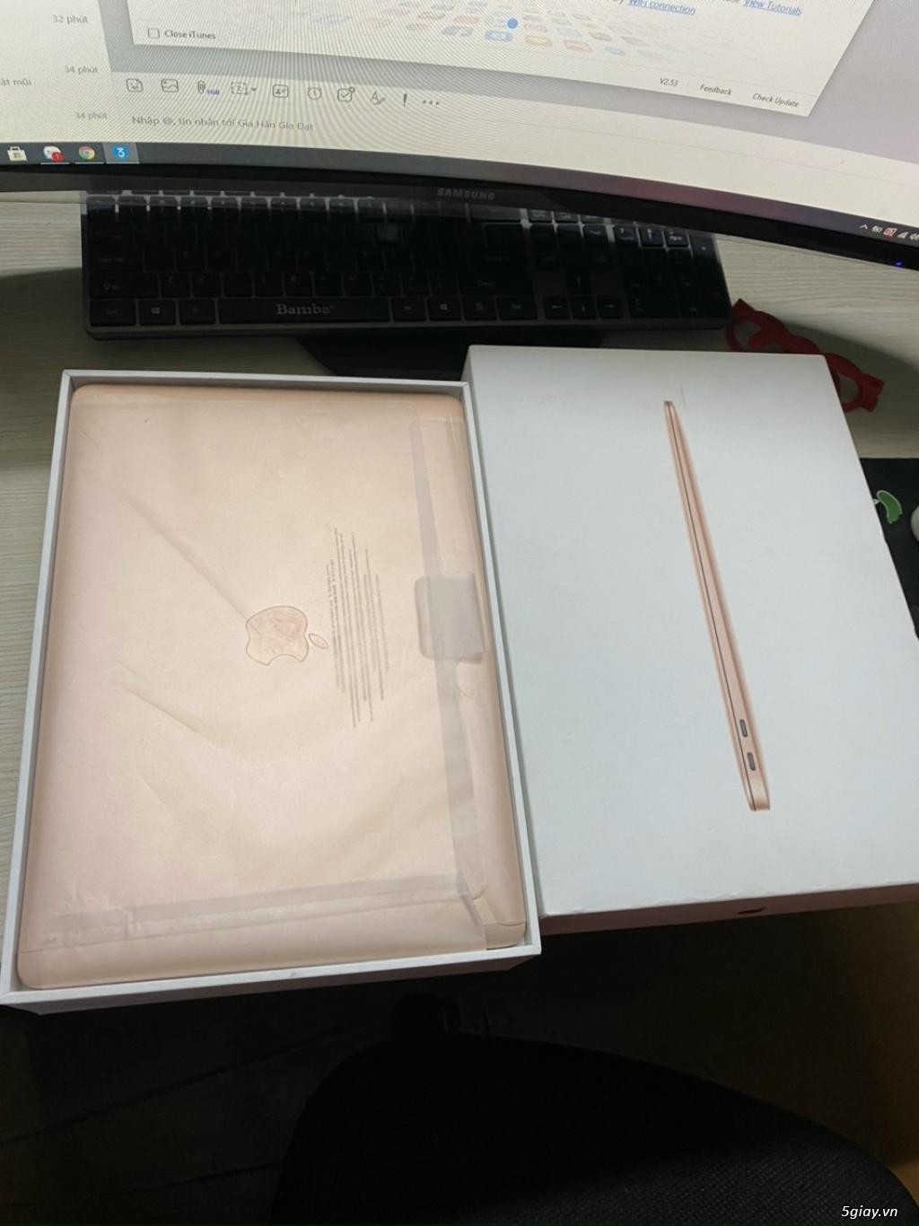 MacBook Air 13 inch 2018 màu gold fullbox đẹp keng 99%